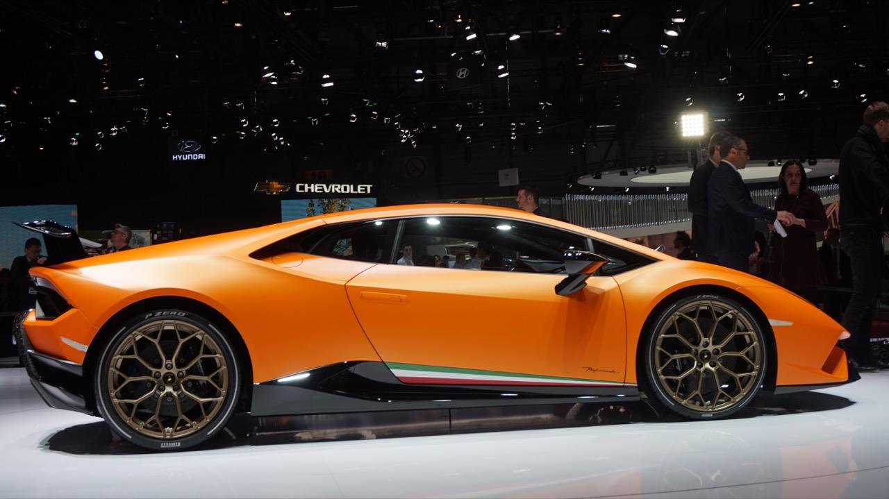 Lamborghini Huracan Performante - Salone di Ginevra 2017