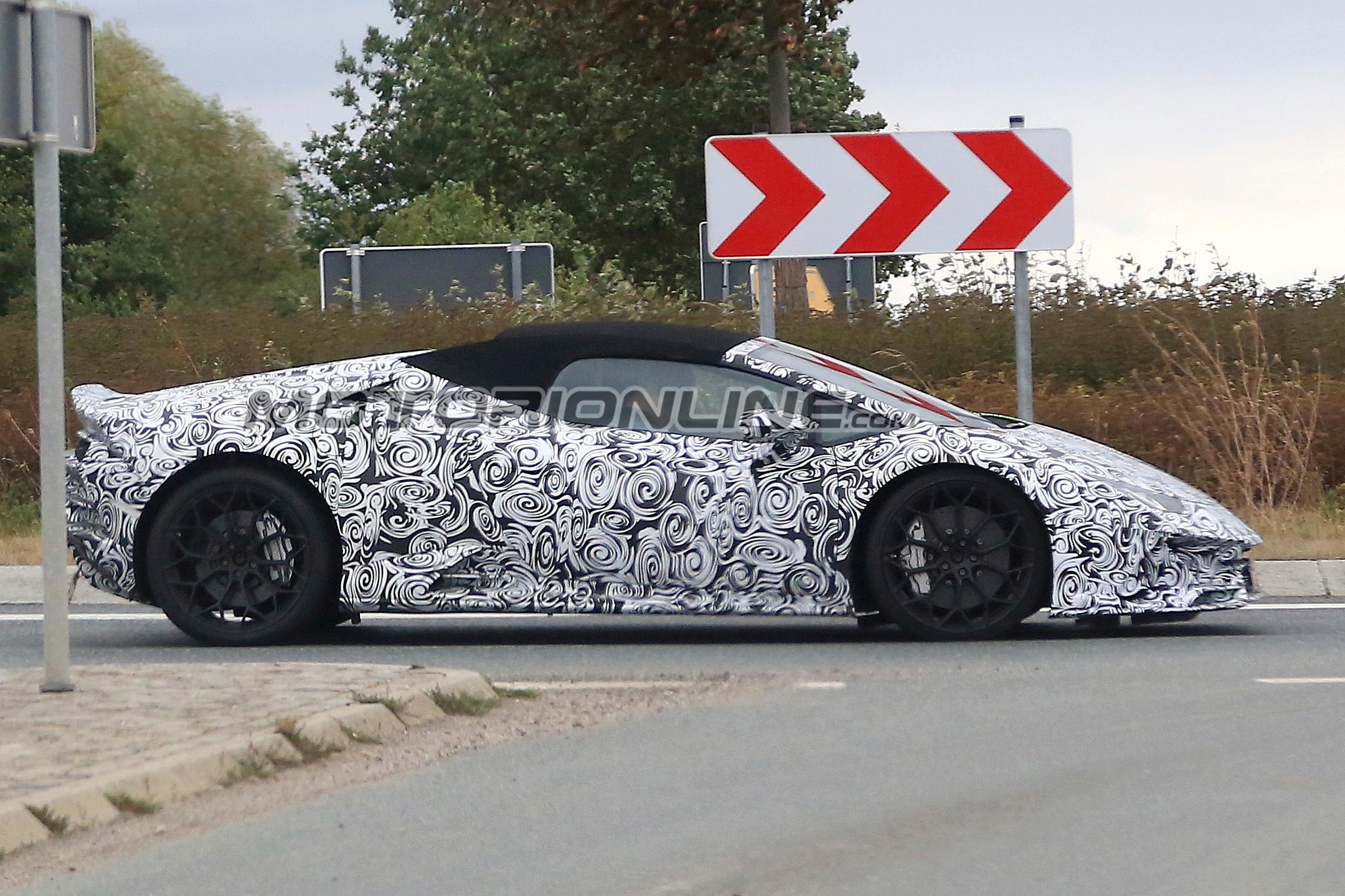 Lamborghini Huracan Spyder foto spia 21 settembre 2018