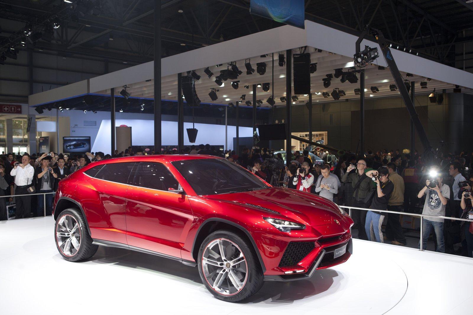 Lamborghini Urus 1 5 2015 41 43