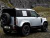 Land Rover Defender 2021 - prime foto ufficiali
