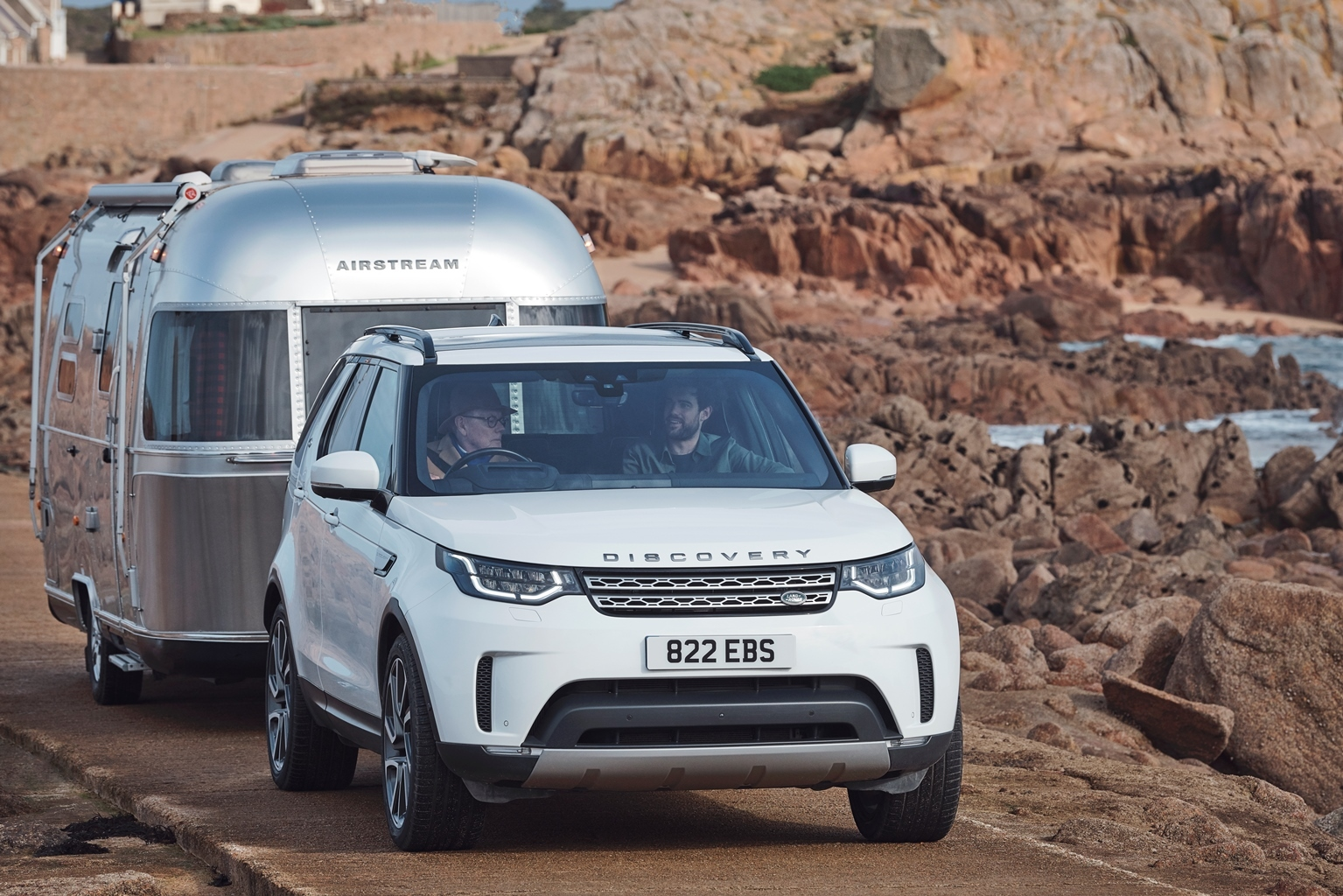 Land Rover Discovery - Advanced Tow Assist