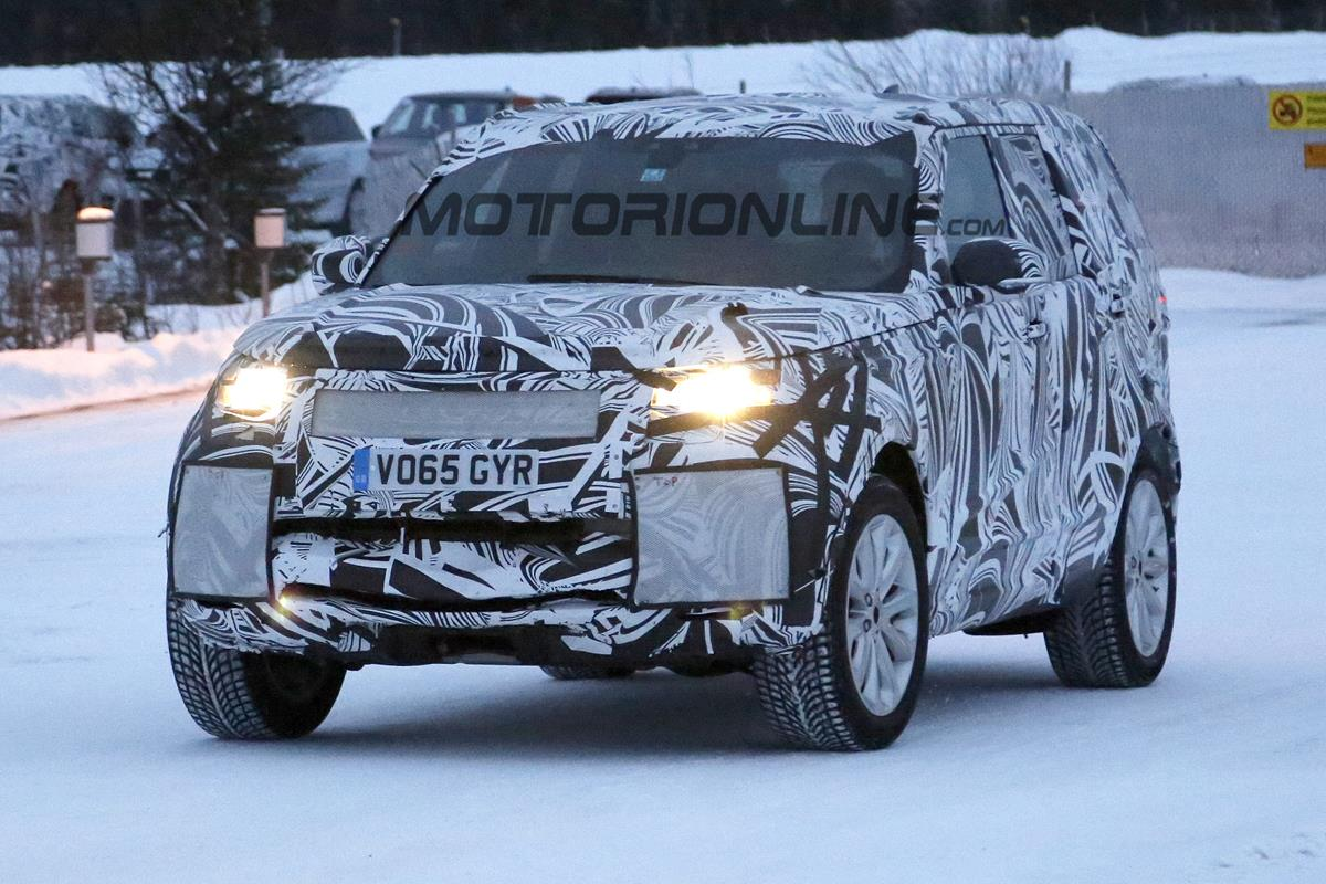 Land Rover Discovery MY 2017 - Foto spia 09-02-2016