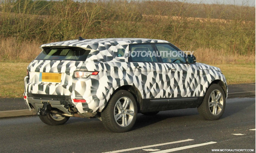 Land Rover LR2 2015, foto spia