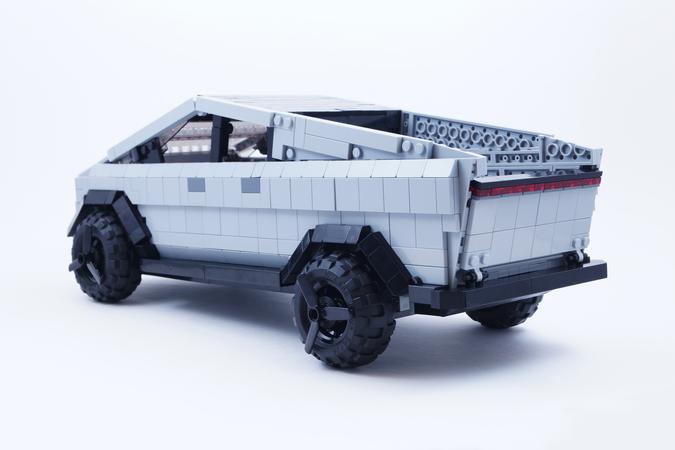 LEGO Tesla Cybertruck