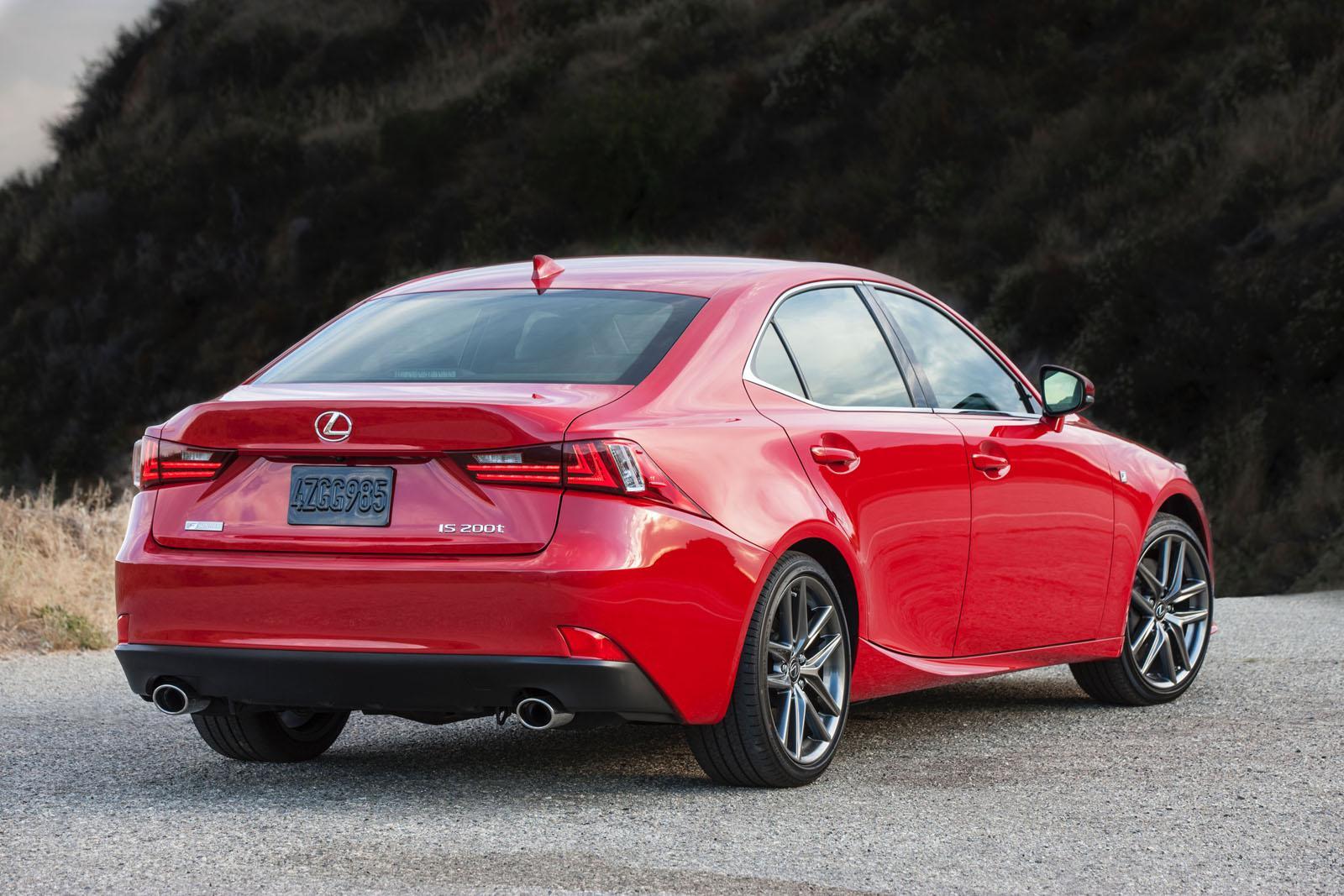 Lexus IS MY 2016