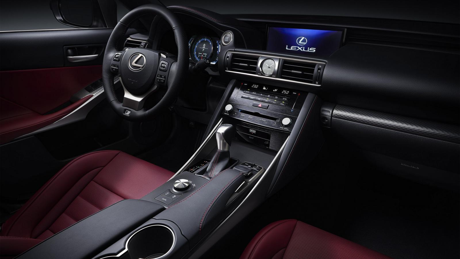 Lexus IS MY 2017