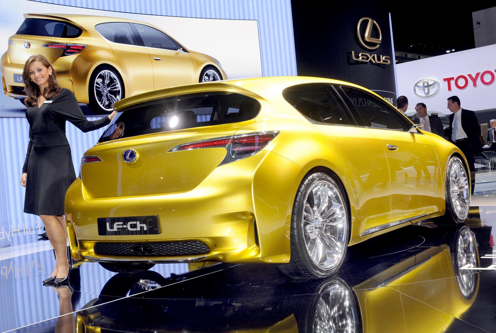 Lexus LF-Ch a Francoforte
