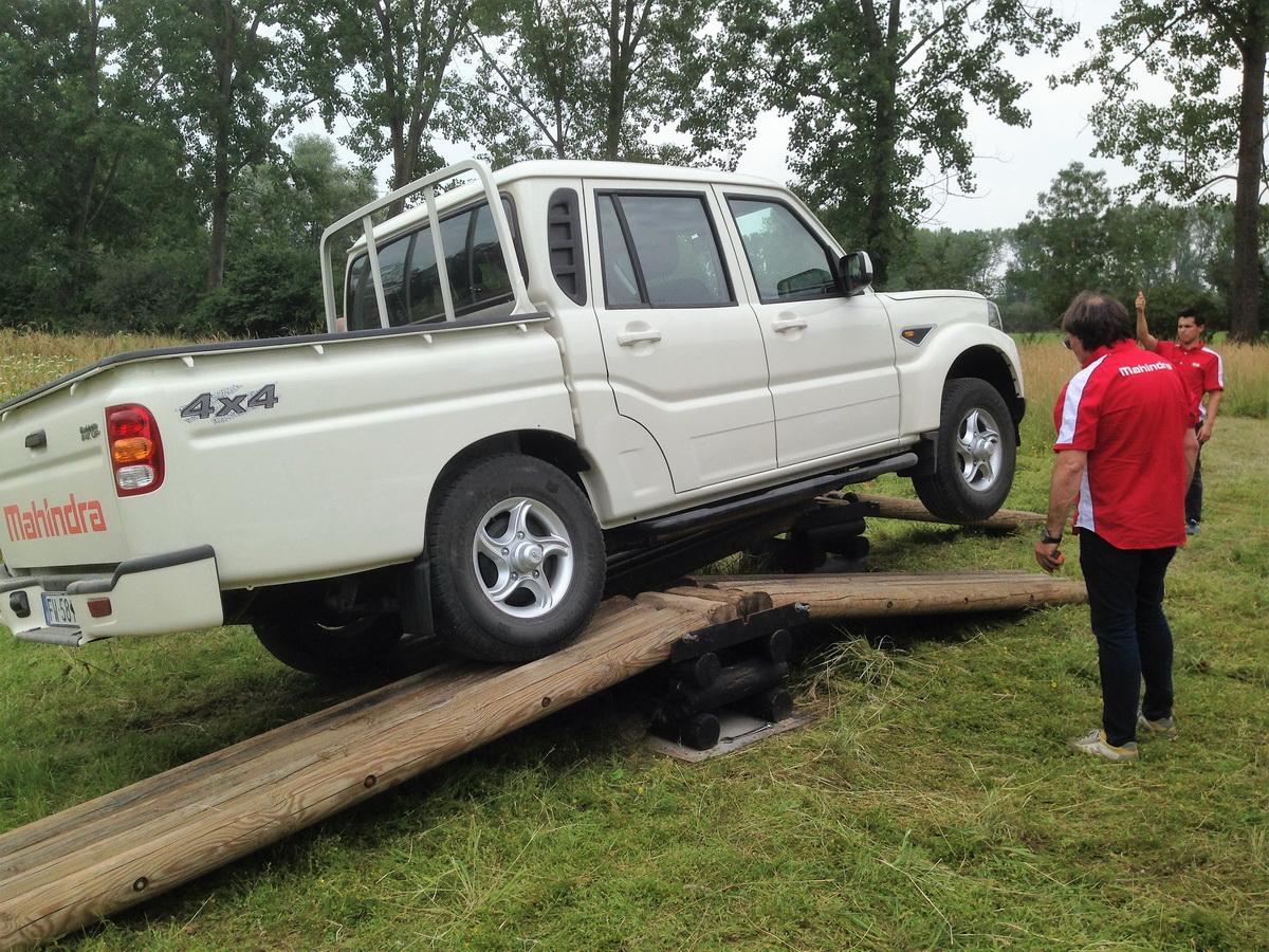 MAHINDRA GOA PLUS - TEST DRIVE IN ANTEPRIMA