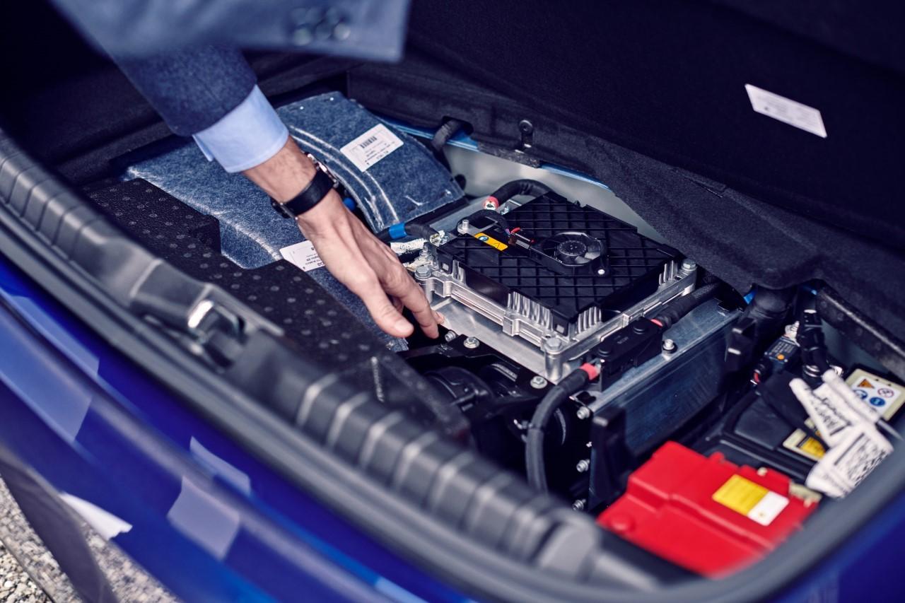 Maserati Ghibli Hybrid - Bosch