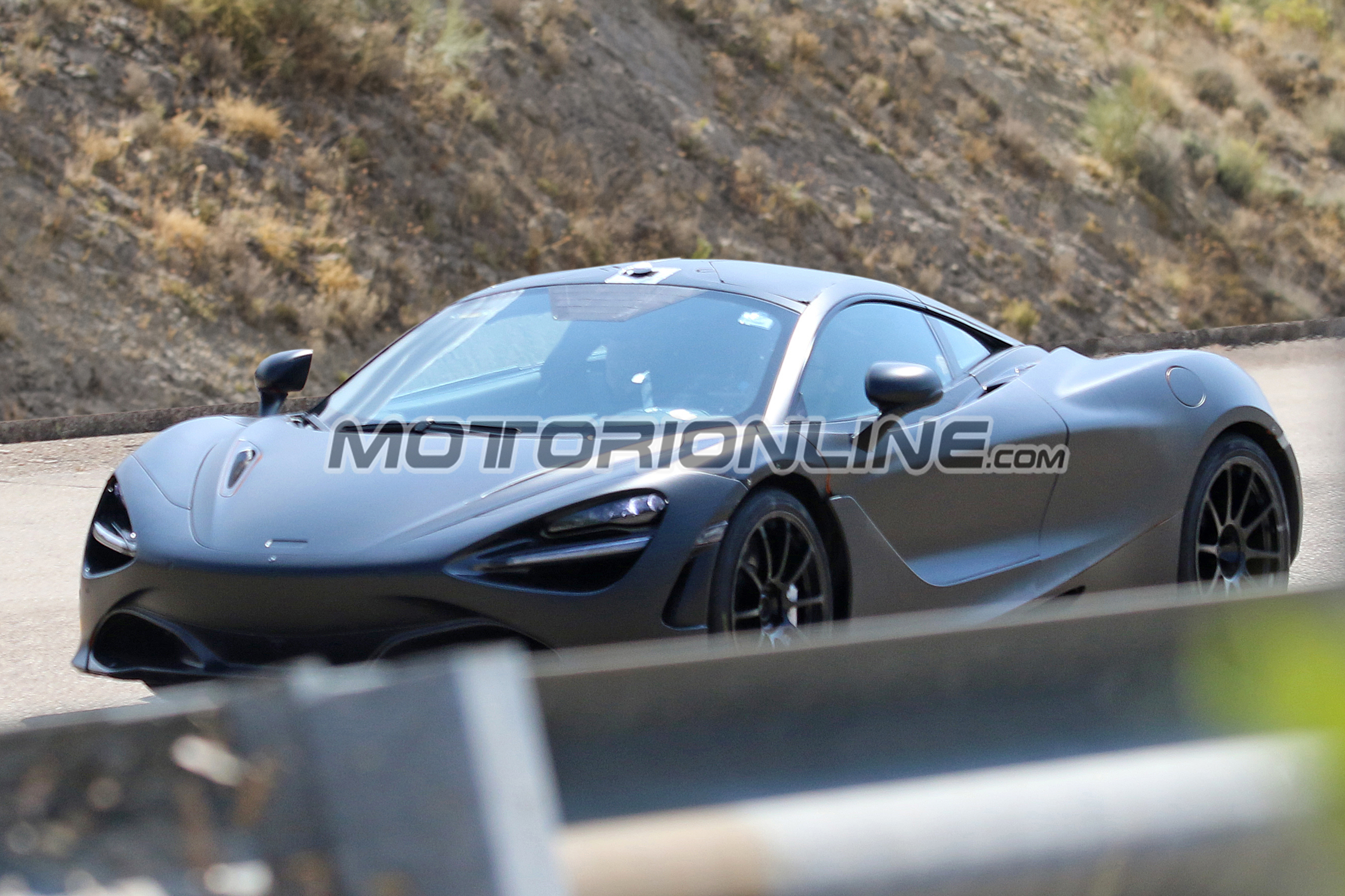 McLaren P14 (foto spia 09-09-2016)