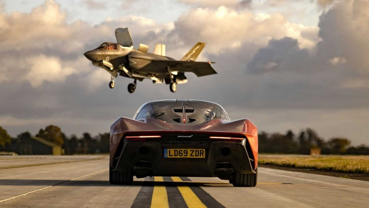 McLaren Speedtail vs F-35 Fighter Jet