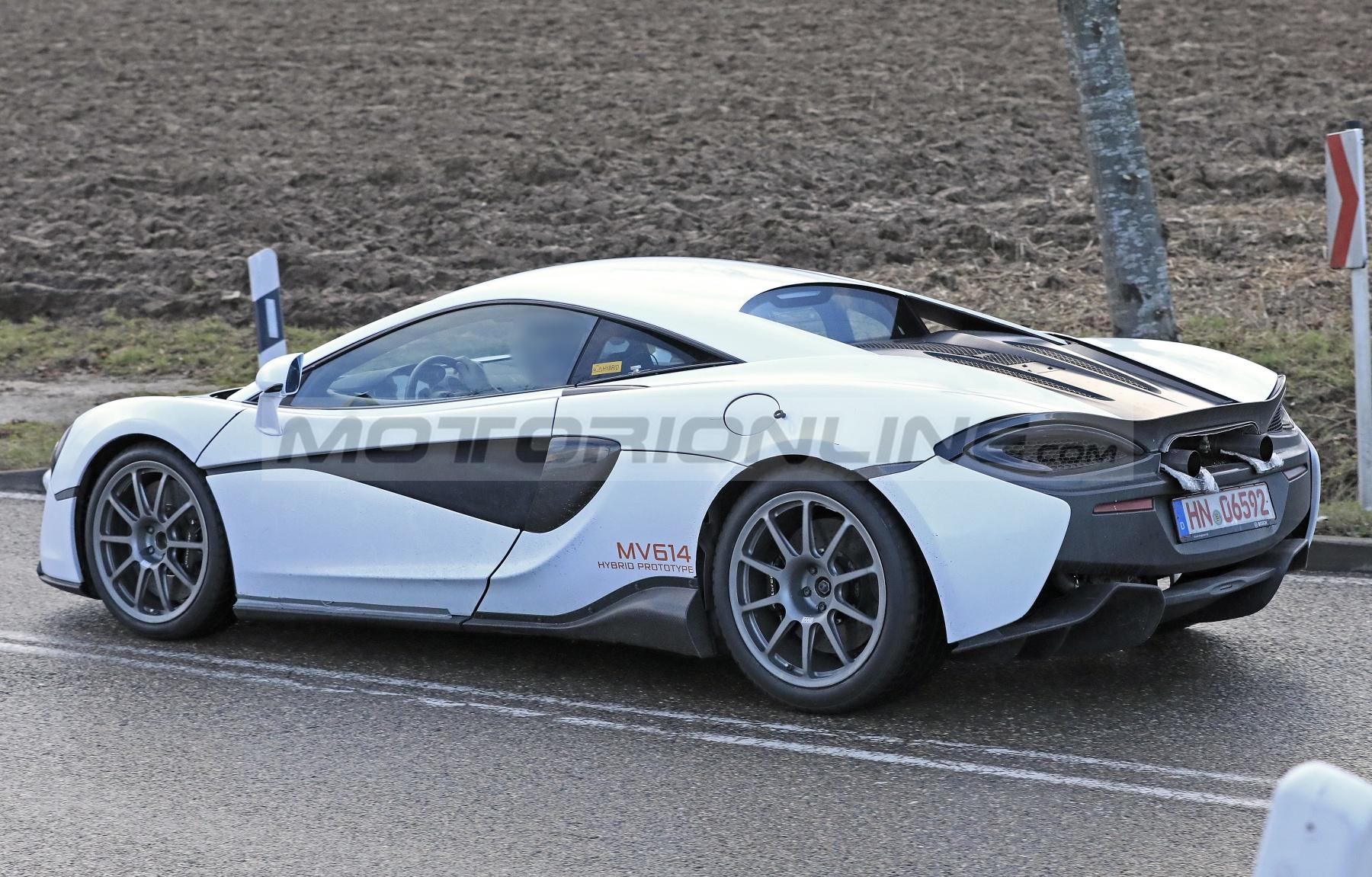 McLaren Sports Series 2021 - Foto spia 07-02-2020