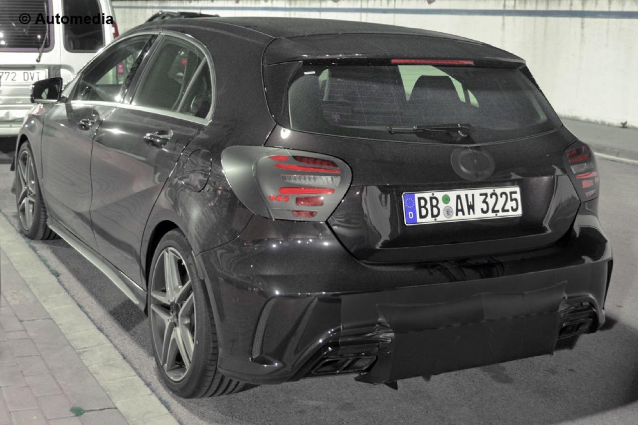 Mercedes A45 AMG - Foto spia 31-03-2015
