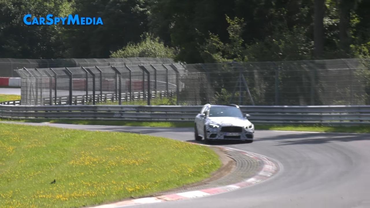 Mercedes-AMG C 63 2023 - Foto spia Car Spy Media