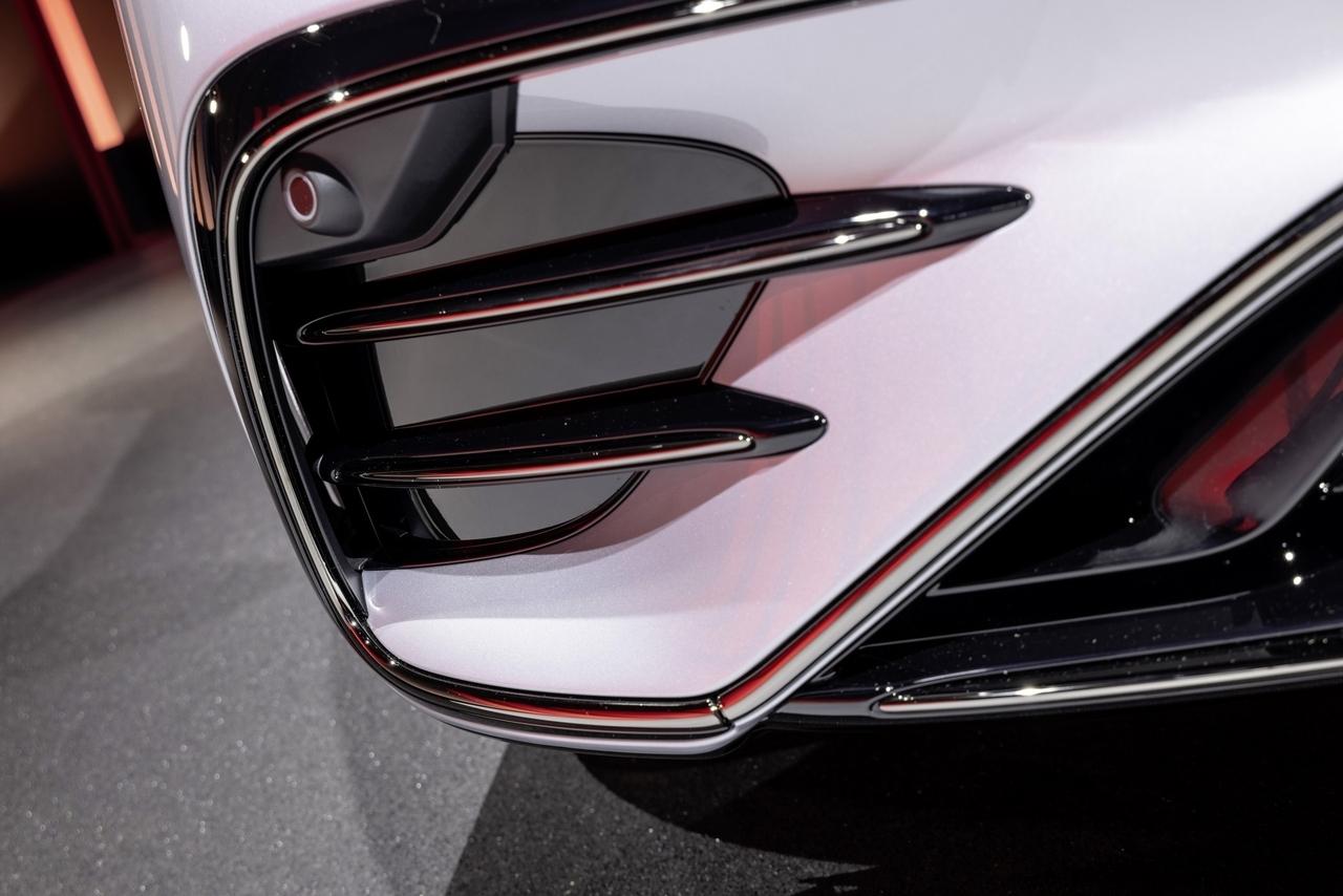 Mercedes-AMG EQS 53 - Foto ufficiali