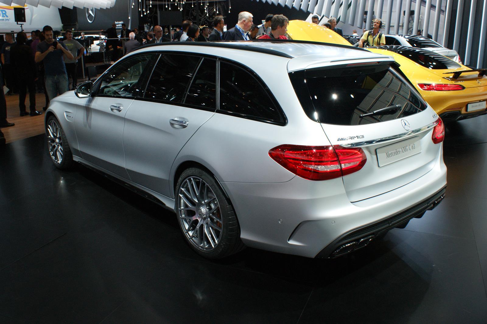 Mercedes benz c63 amg salone di parigi 2014 9 9 for Mercedes benz c63 2014