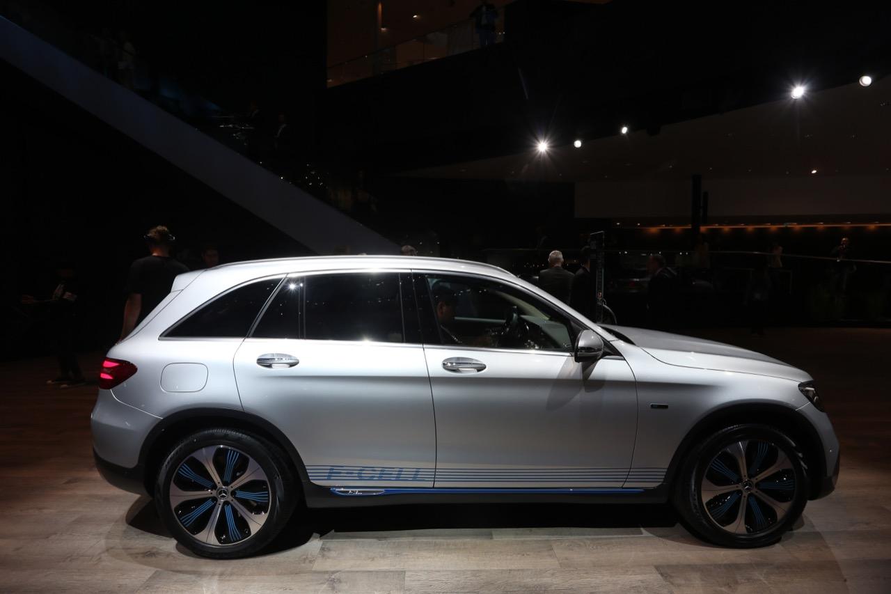 Mercedes-Benz GLC F-Cell concept - Salone di Francoforte 2017 - 4/12