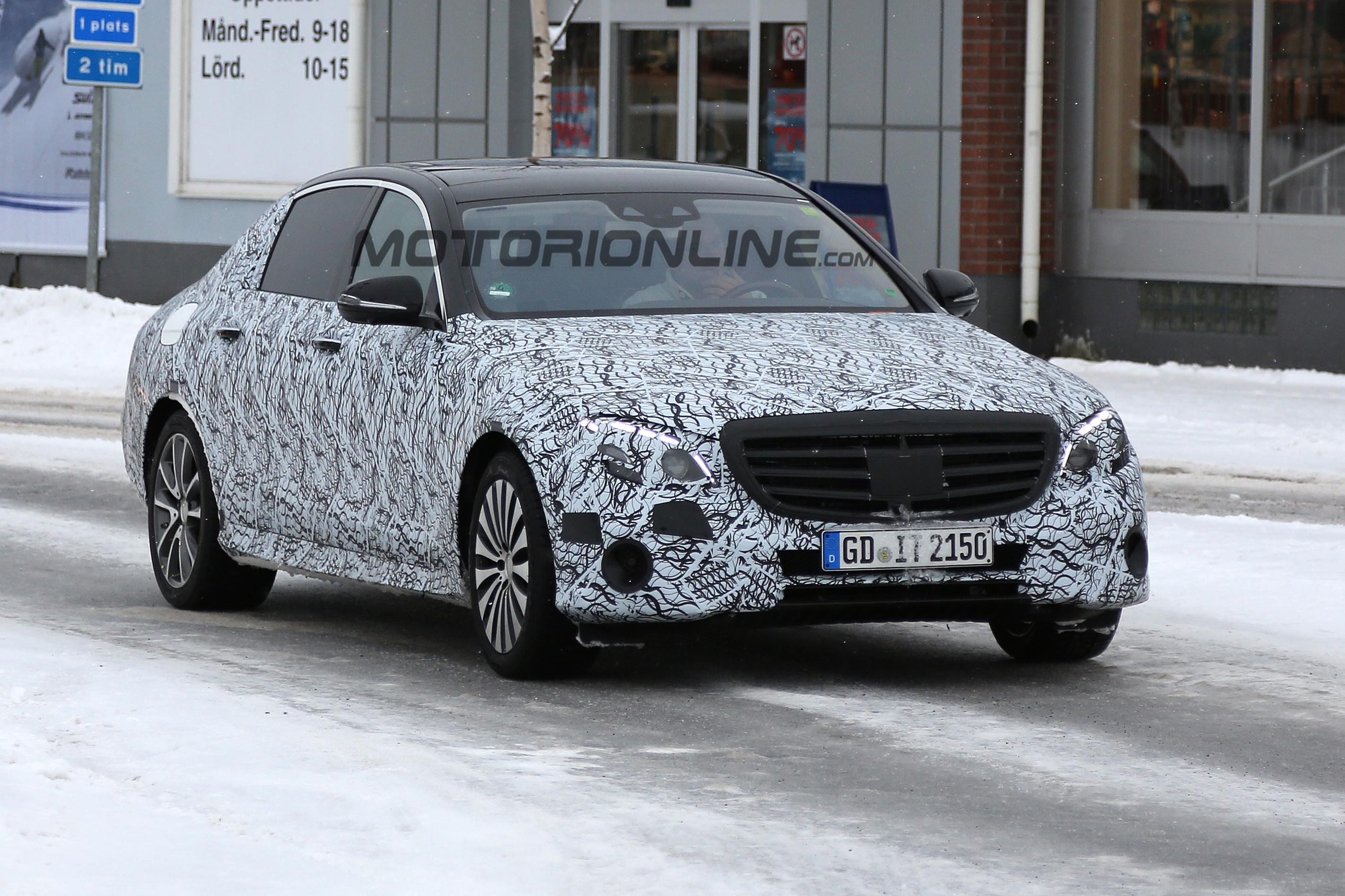Mercedes Classe E Maybach - Foto spia 11-04-2016