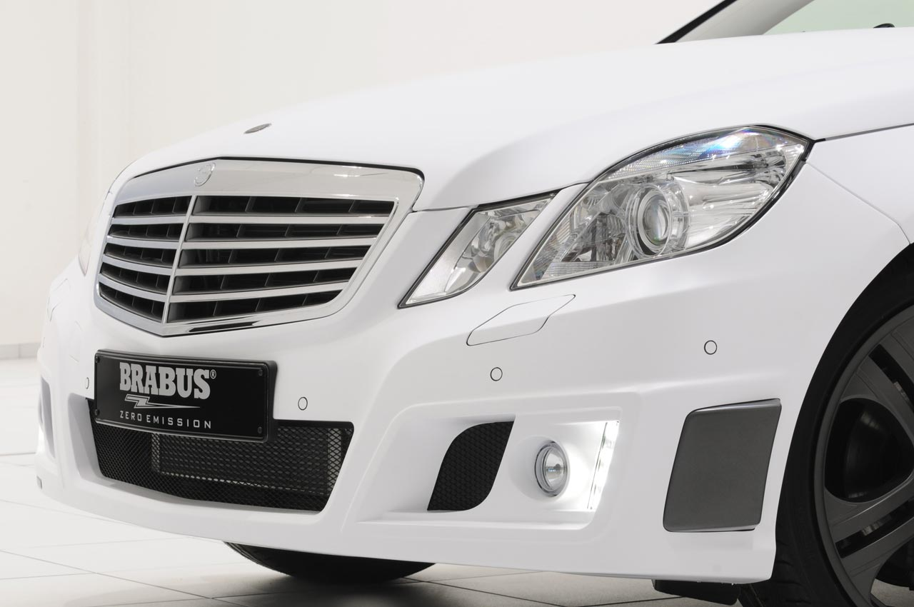 mercedes classe e technology project hybrid by brabus 4 8. Black Bedroom Furniture Sets. Home Design Ideas