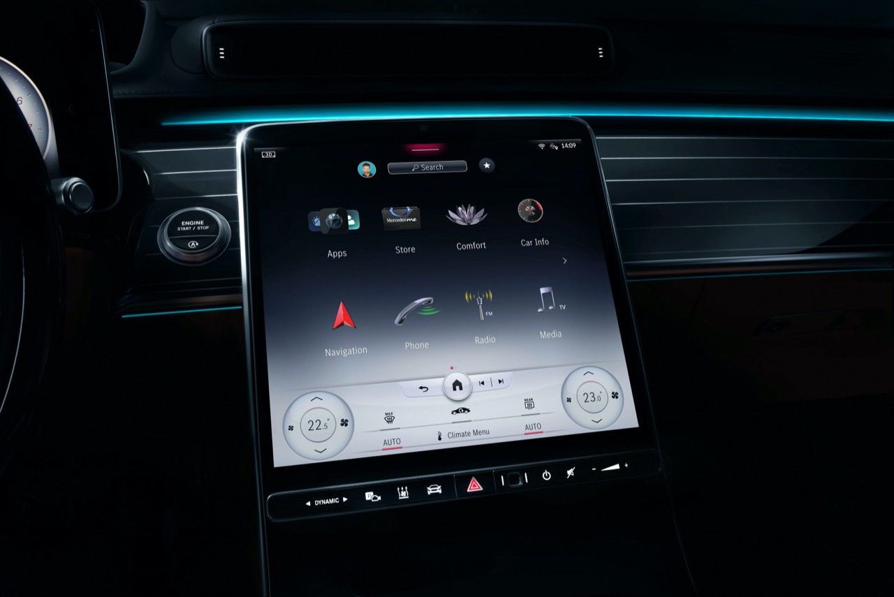 Mercedes Classe S 2021 - MBUX e interni digitali