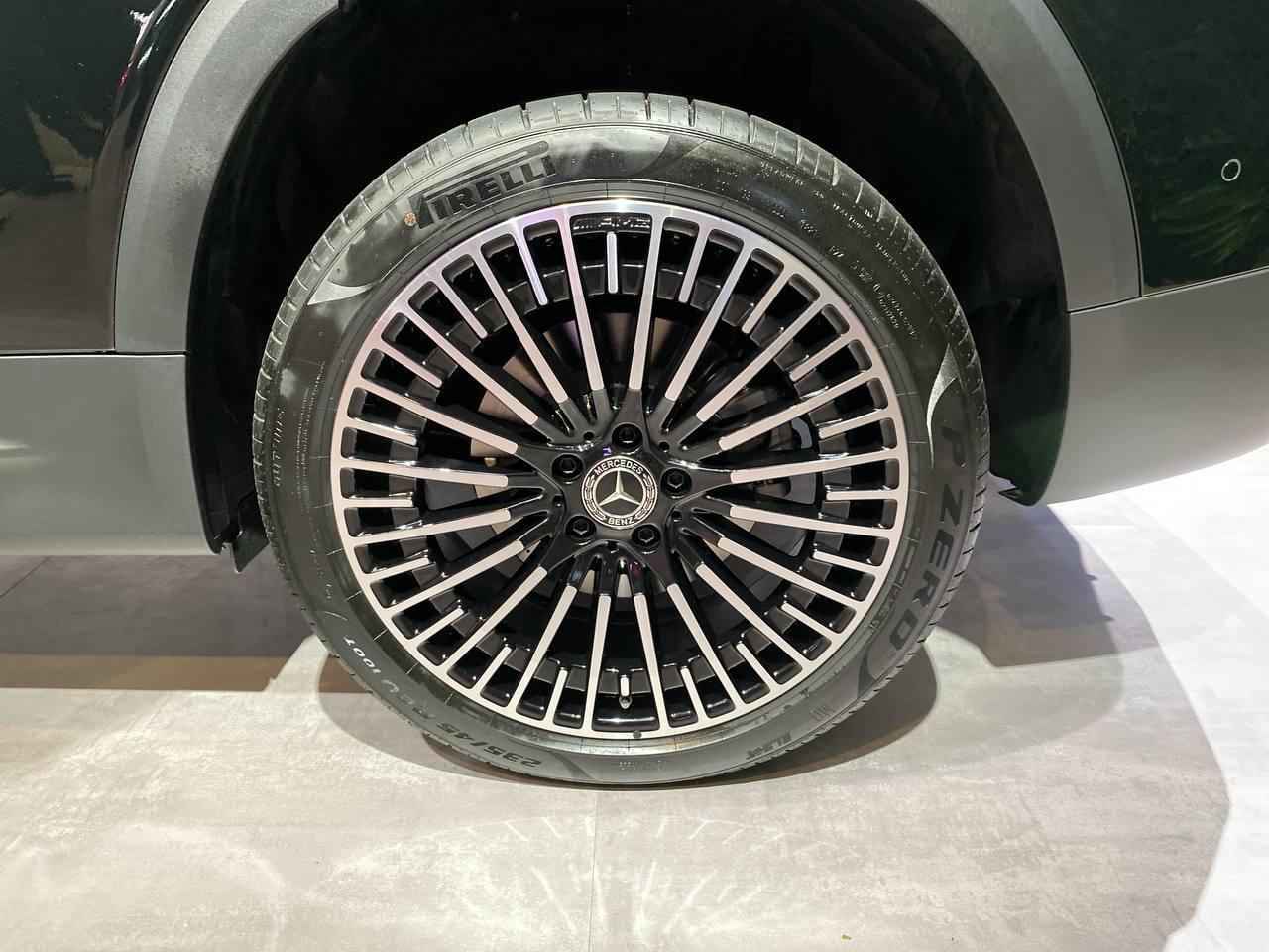 Mercedes EQB - Salone di Monaco 2021