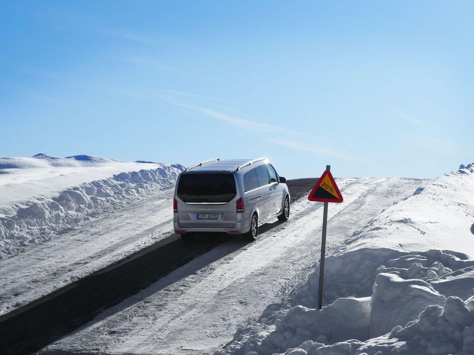 Mercedes EQV winter test