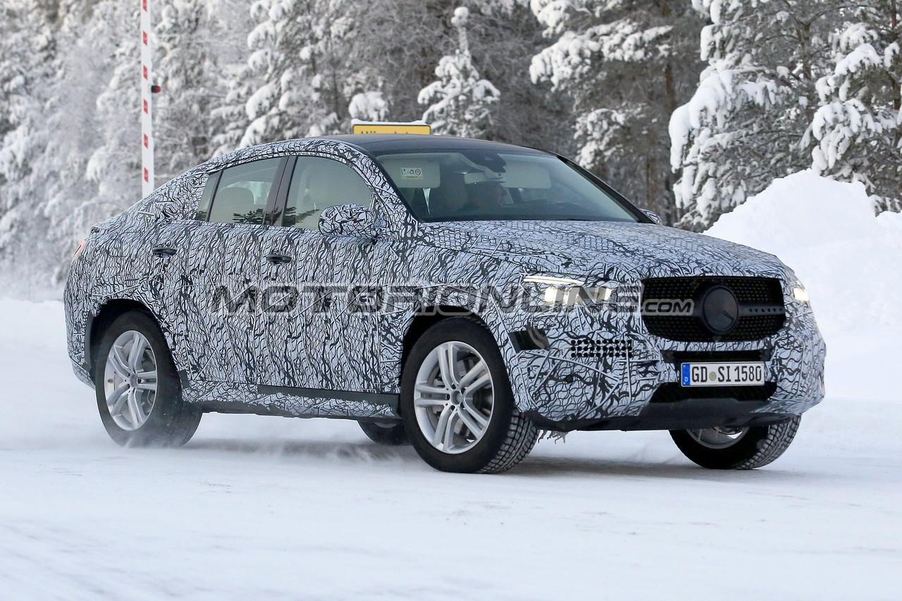 Mercedes GLE Coupe foto spia 7 gennaio 2019