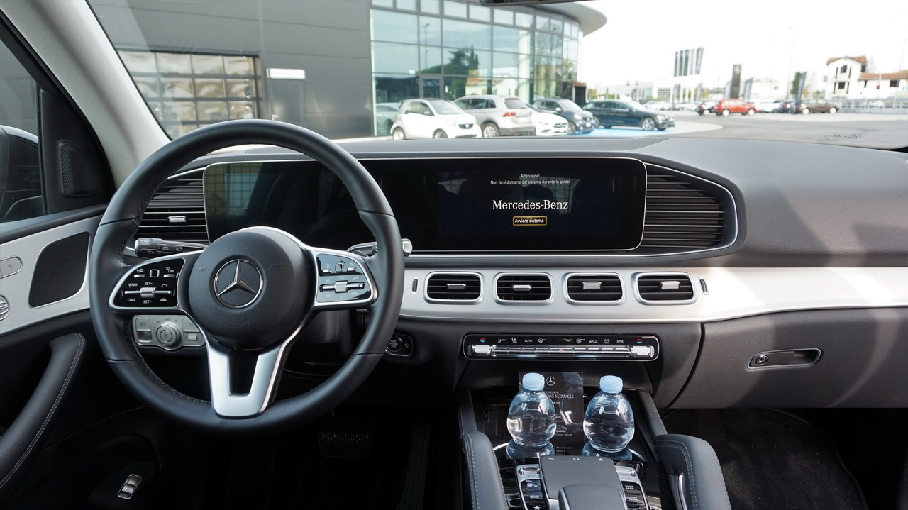 MERCEDES GLE - TEST DRIVE IN ANTEPRIMA