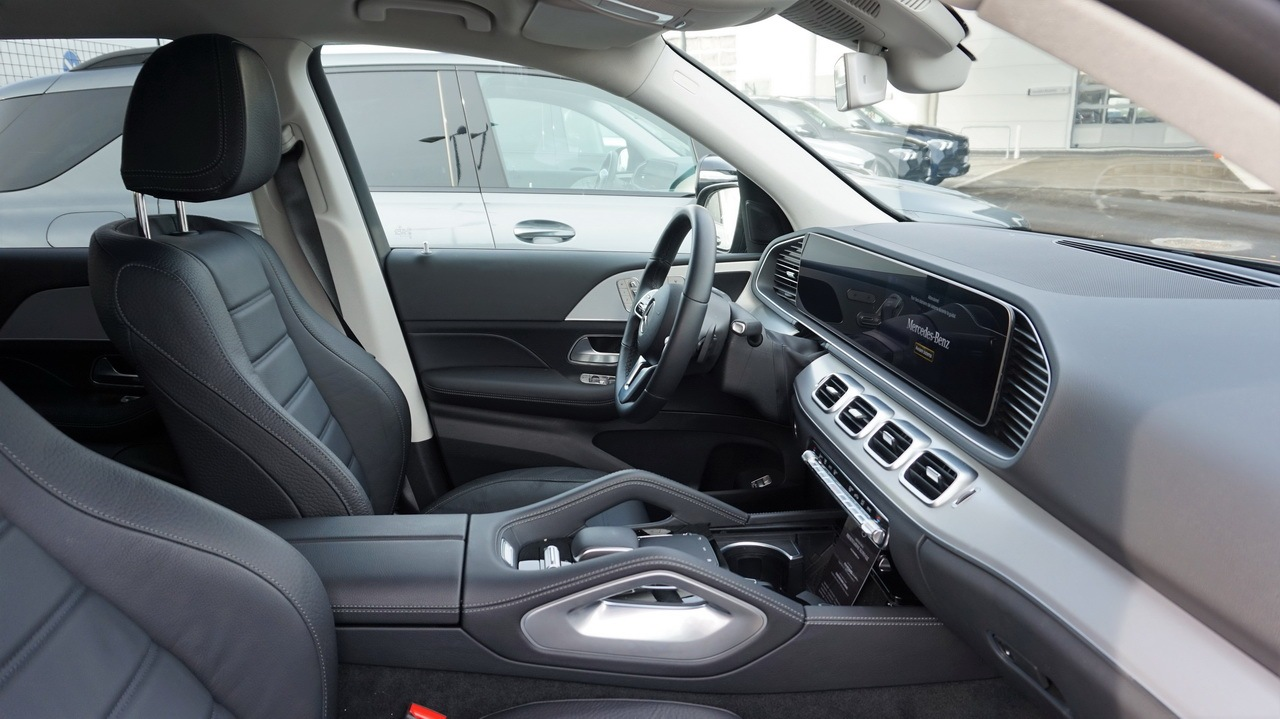 MERCEDES GLE - TEST DRIVE IN ANTEPRIMA