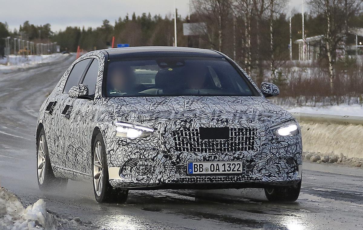 Mercedes-Maybach Classe S 2021 - Foto spia 19-12-2019