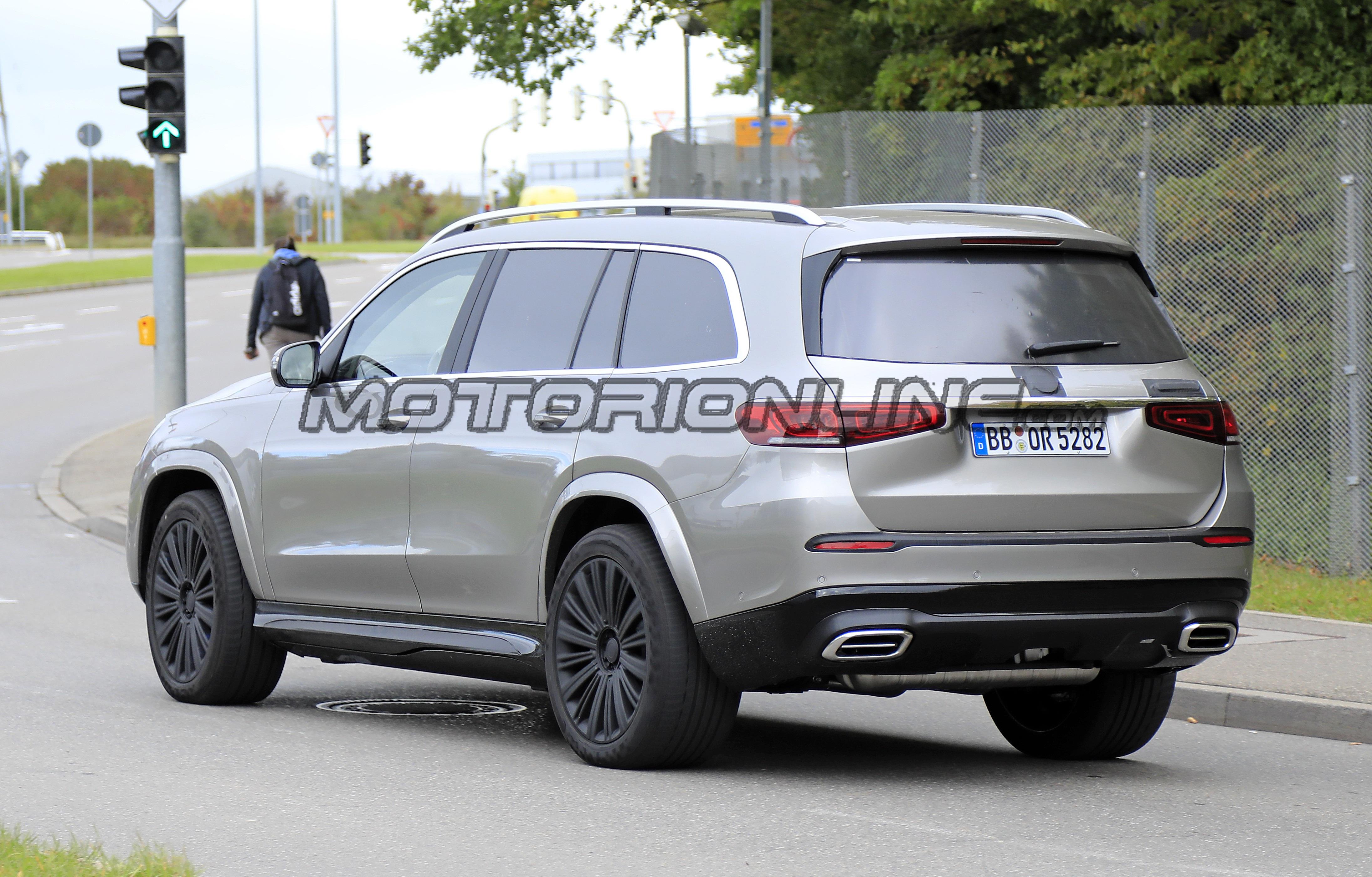 Mercedes-Maybach GLS - Foto spia 09-10-2019