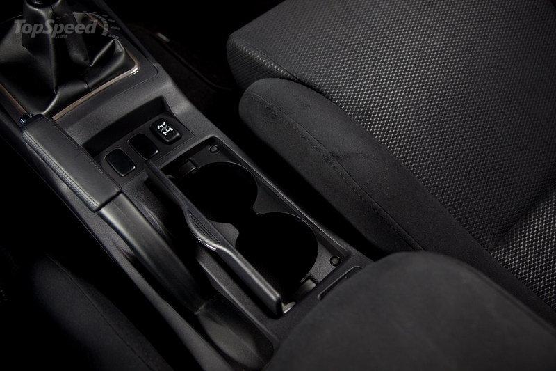 Mitsubishi Lancer Evolution 2011