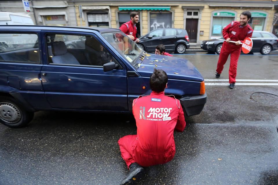 Motor Show 2014 - Guerrilla marketing