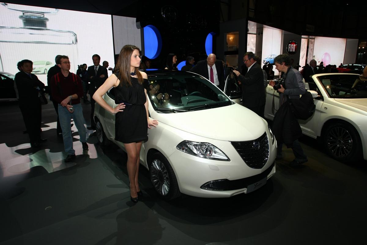 Prototipo lancia ypsilon lancia y diva 2011 - Lancia y diva 2010 ...