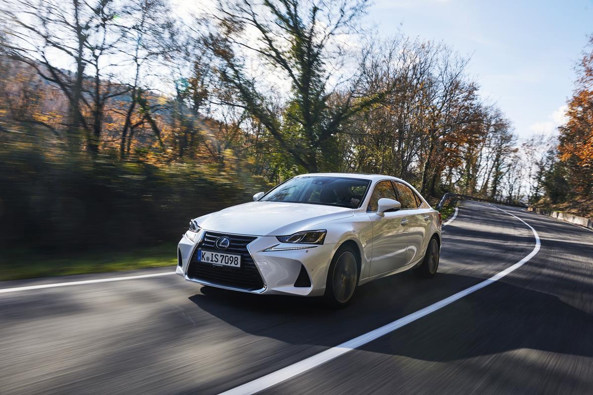 Nuova Lexus IS