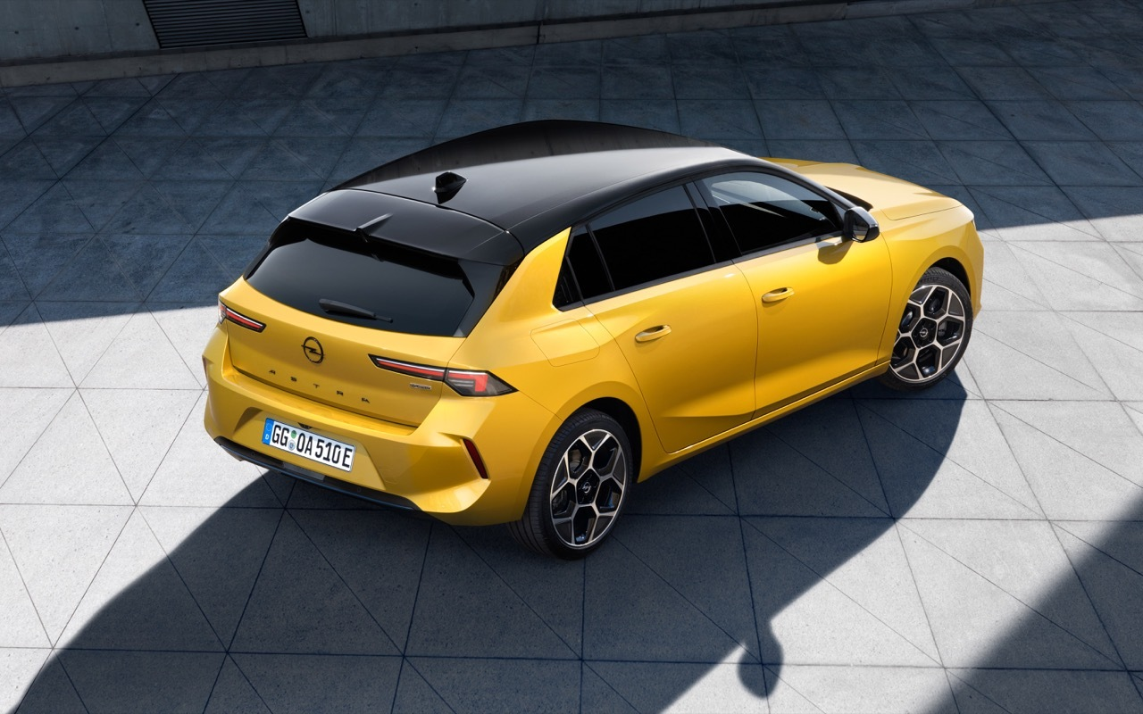 Nuova Opel Astra 2022 - Foto Ufficiali