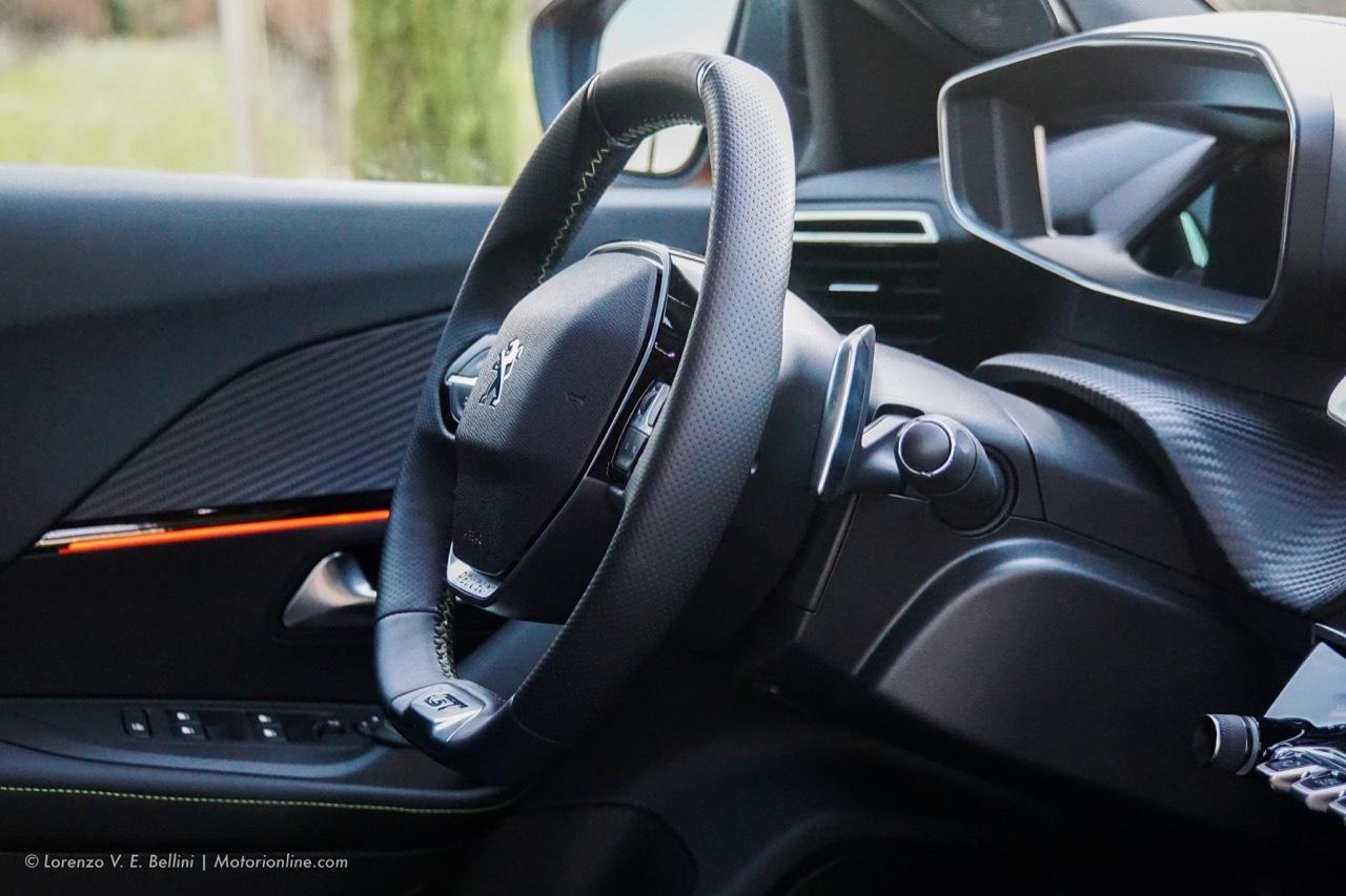 Nuova Peugeot 2008 2020 - Prova su strada in anteprima