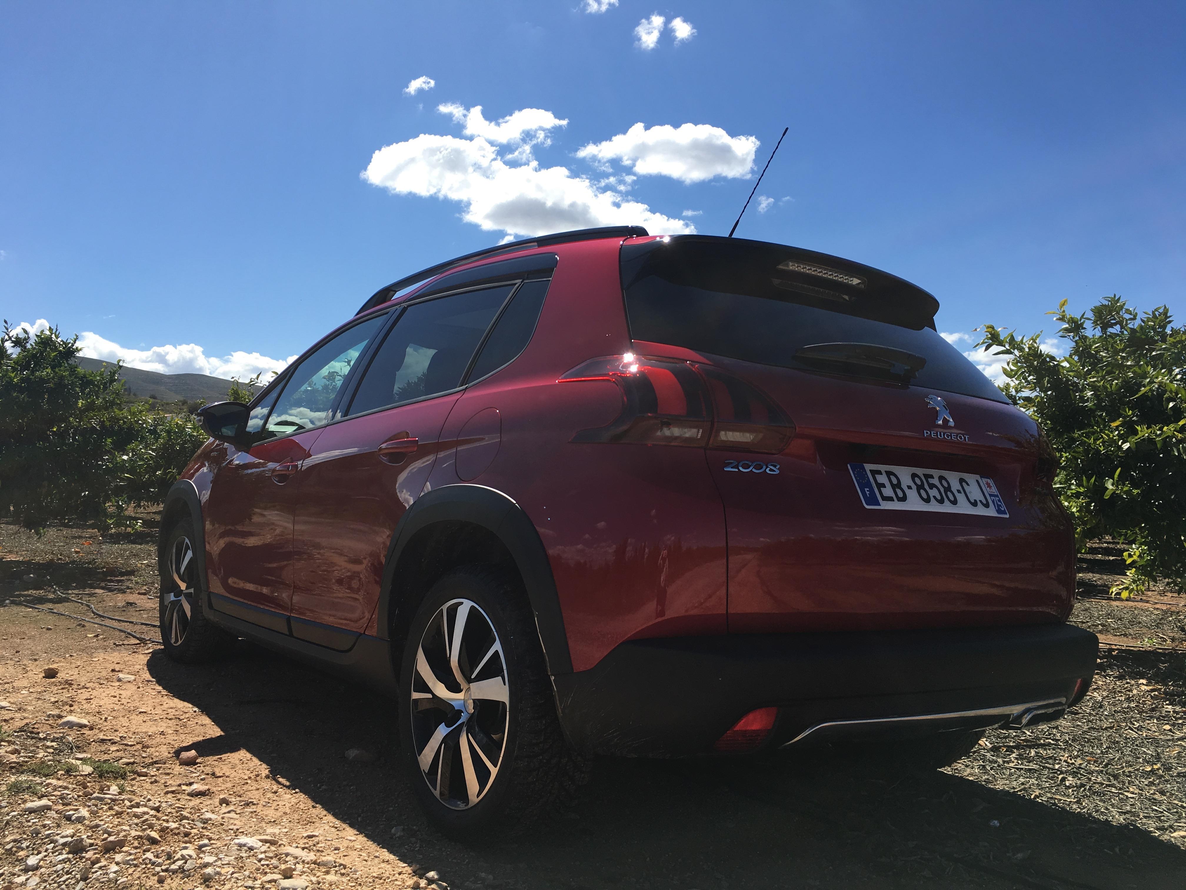 Nuova Peugeot 2008_MY2016