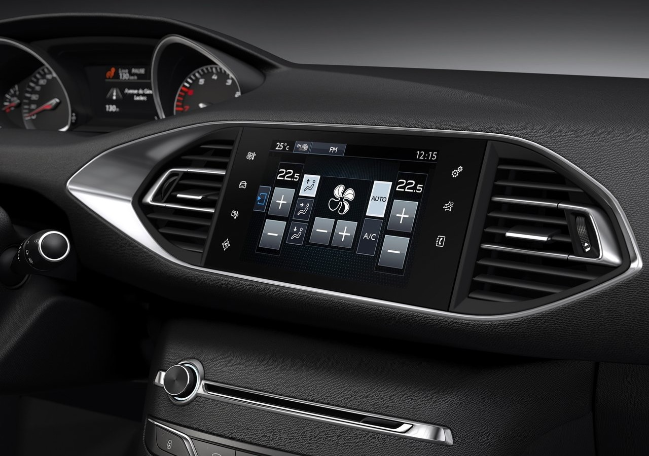 Nuova Peugeot 308 2014 (Foto 17 di 18)