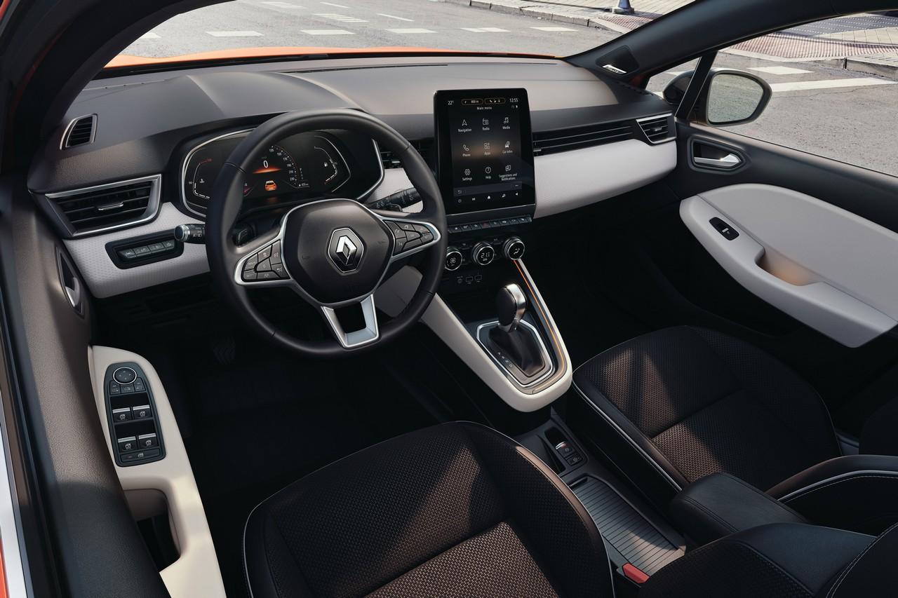 Nuova Renault Clio interni 2019