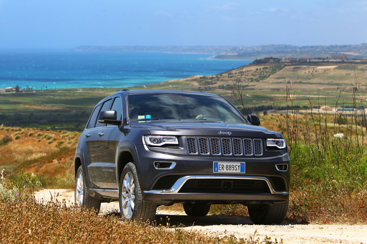 34 further Wallpaper 05 in addition Jeep Grand Cherokee 2014 Pictures together with Watch furthermore Wallpaper 59. on 2014 jeep cherokee