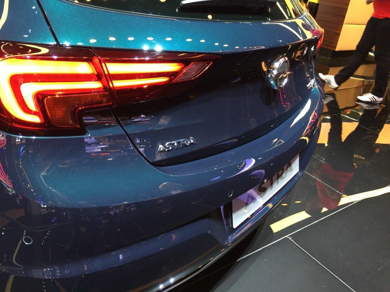 Opel Astra MY 2016 - Salone di Francoforte 2015