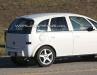 Opel Corsa SUV: foto spia