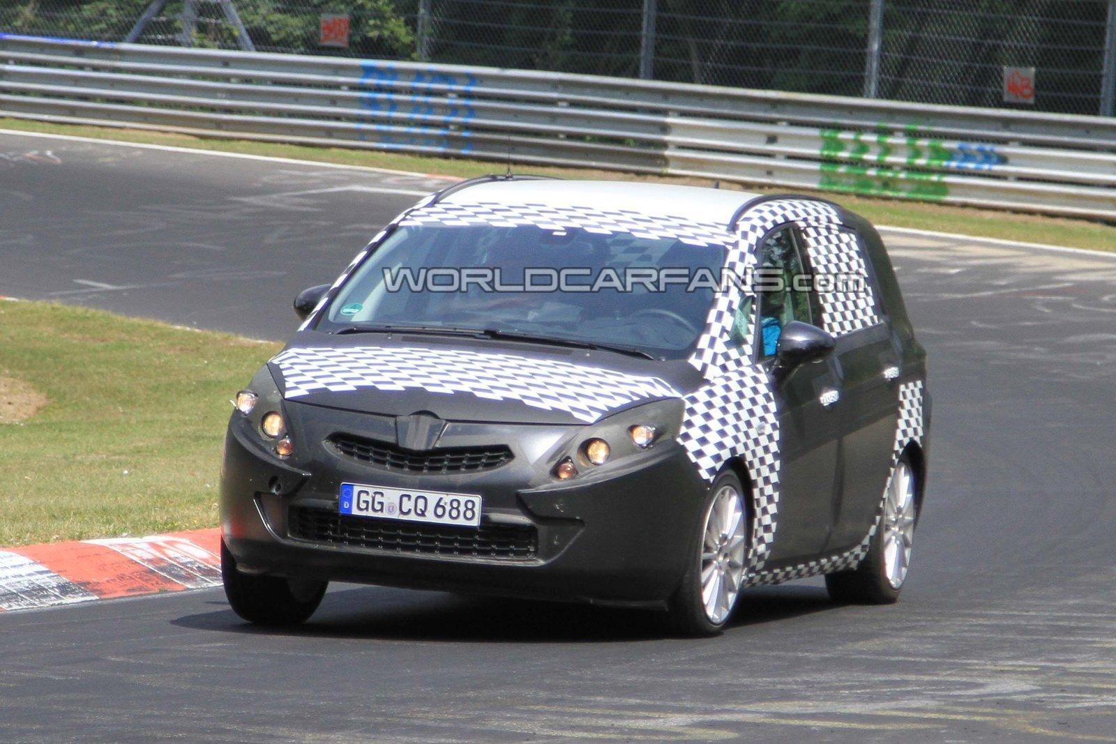 Opel Zafira 2012 - Foto spia 06-07-2012