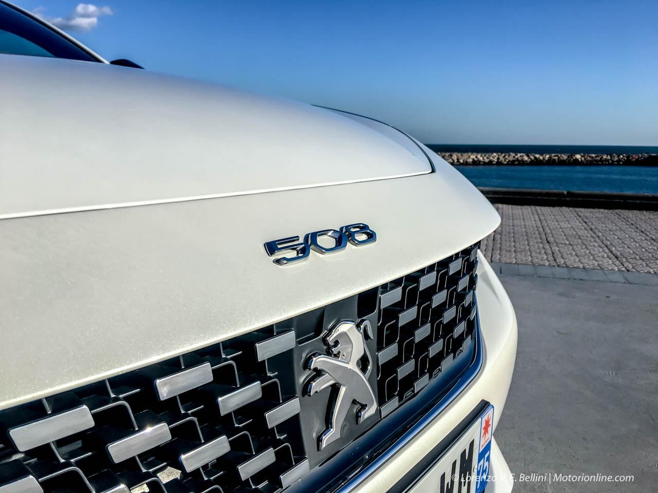 Peugeot 508 Hybrid e 3008 Hybrid4 - La Gamma Elettrificata del Leone