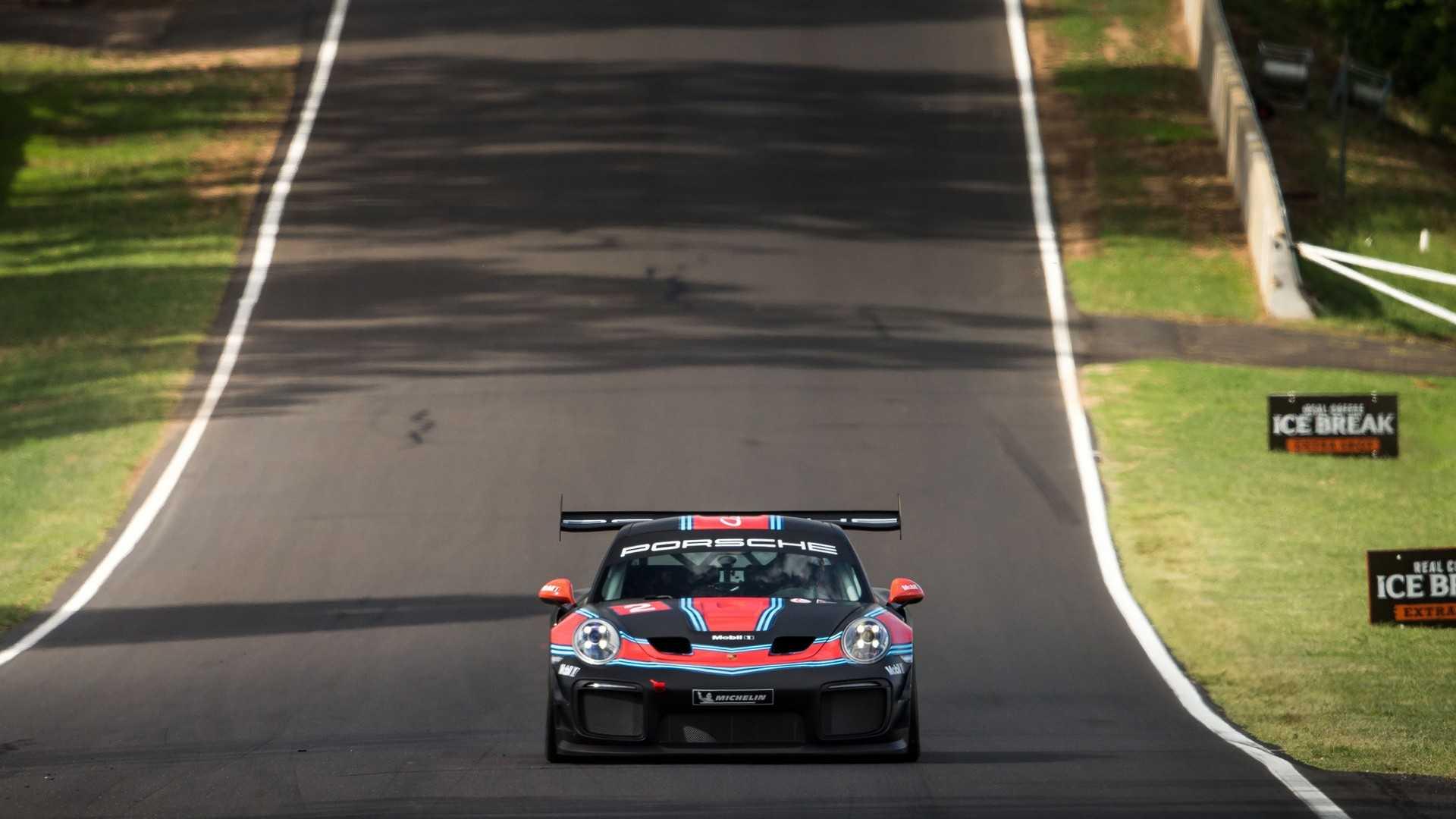 Porsche 911 GT2 RS Clubsport - Mark Webber