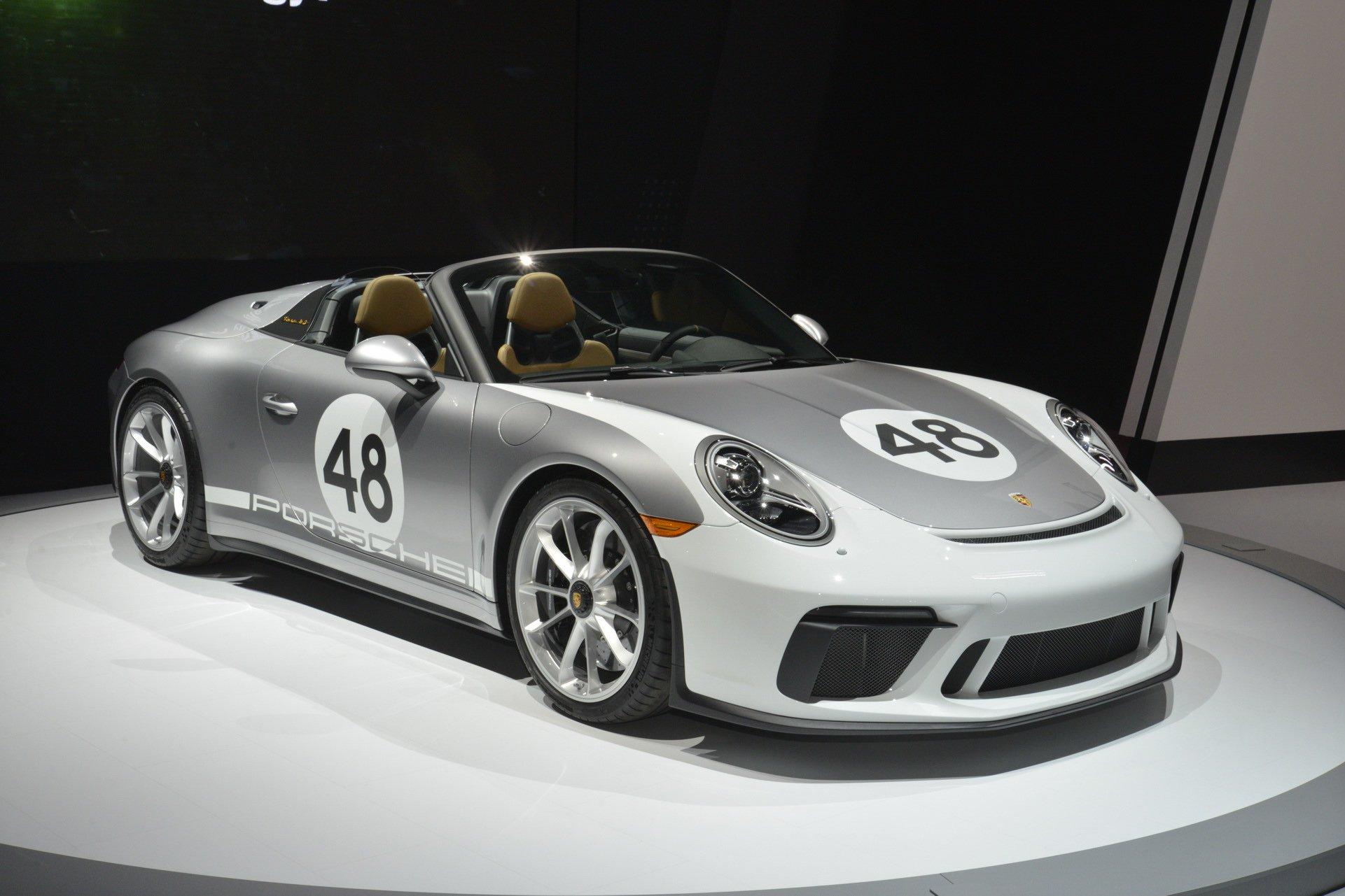 Porsche 911 Speedster Heritage Design