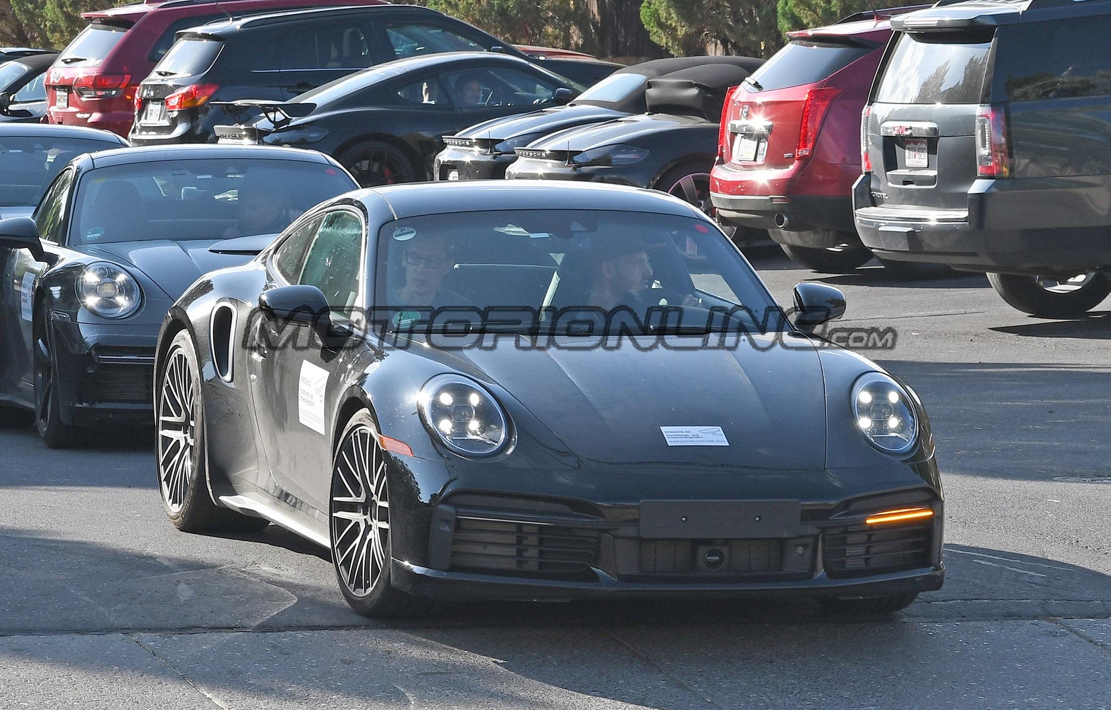 Porsche 911 Turbo S 2020 - Foto spia 27-09-2019