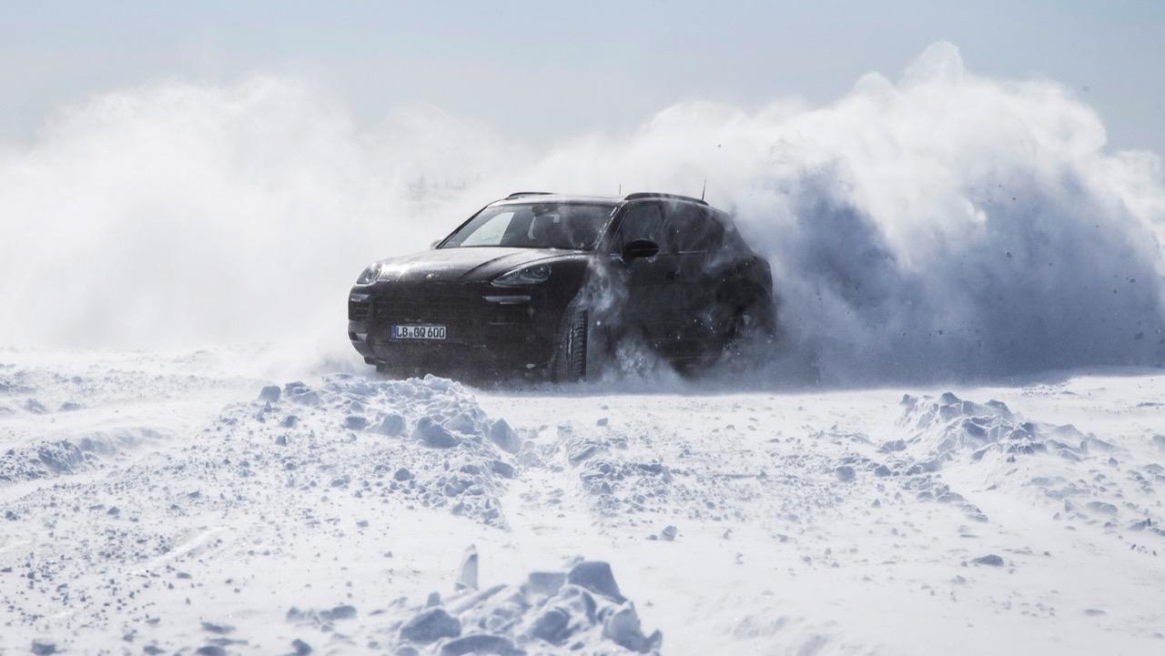 Porsche Cayenne 2018 - test al caldo e al freddo