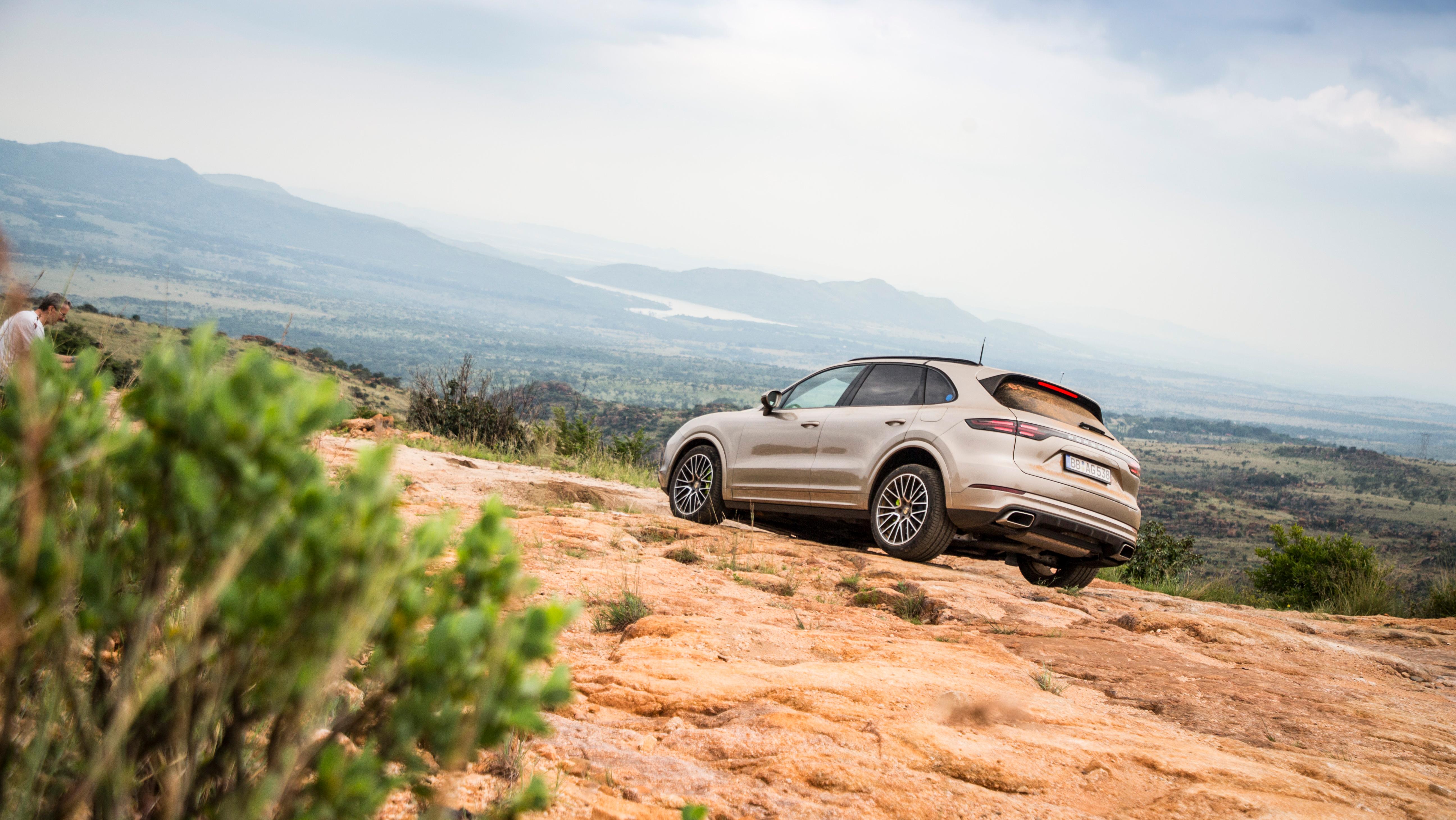 Porsche Cayenne Hybrid - Test in Sud Africa
